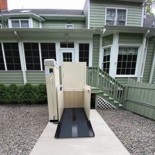 Vertical Wheelchair Lifts : Hercules ii residential vertical wheelchair lift