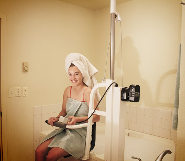 Peri-Care Chair · AmeriGlide Luxury Bath Lift  sc 1 st  AmeriGlide & Bath Lifts | AmeriGlide Luxury Bath Lift
