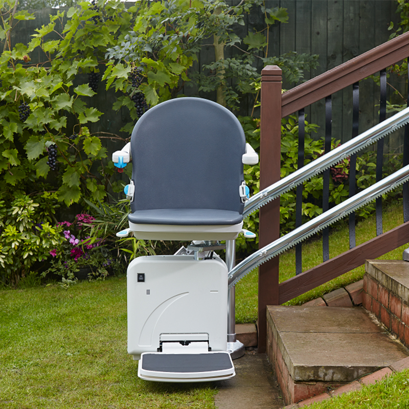 AmeriGlide Imperial Curved Outdoor Commercial Stairlift